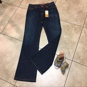 Mu Jeans